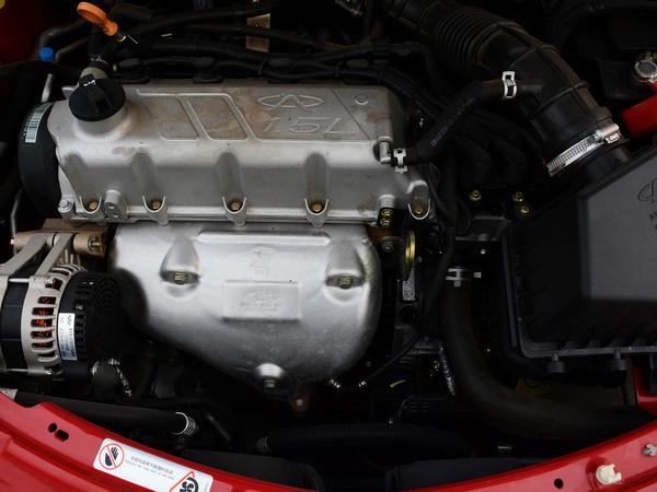 奇瑞汽车  两厢 1.5L 手动