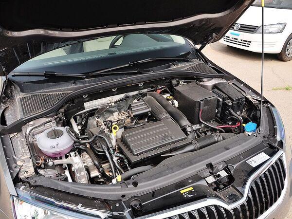 斯柯达  1.4T DSG 发动机主体特写