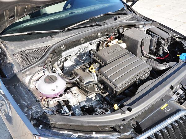 斯柯达  1.6L 手动 发动机主体特写