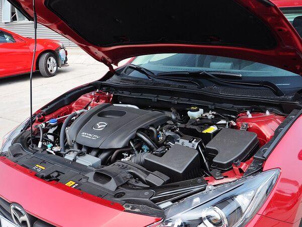 长安马自达  三厢 1.5L 自动 发动机主体特写
