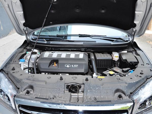 长城  升级版 1.5T 手动 发动机局部特写