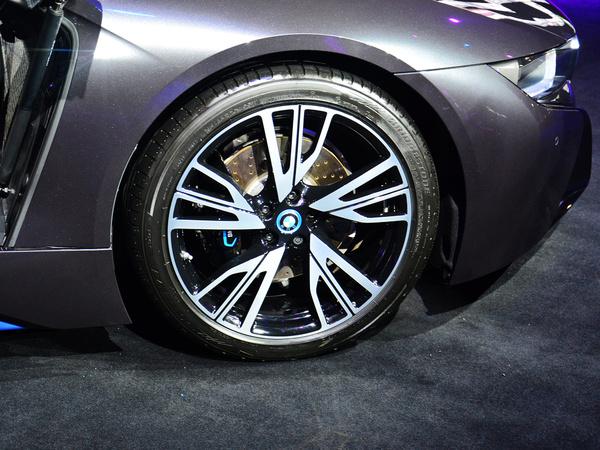 BMW i  基本型