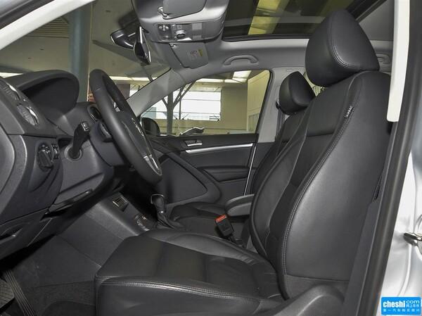 上汽大众  1.8TSI 自动 副驾驶座椅正视图