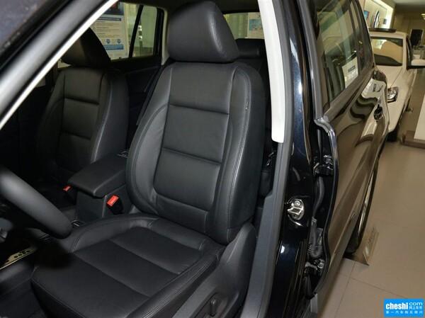 上汽大众  1.8TSI 自动 驾驶席座椅正视图