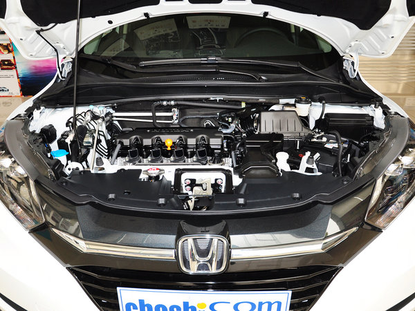广汽本田  1.8L CVT 发动机局部特写