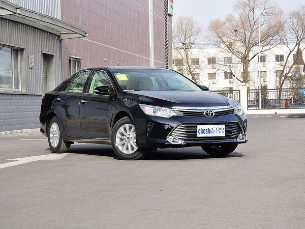 广汽丰田  2.0G 自动 车辆右侧45度角