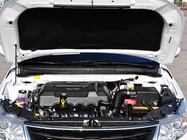 吉利汽车  1.5L 手动 发动机局部特写