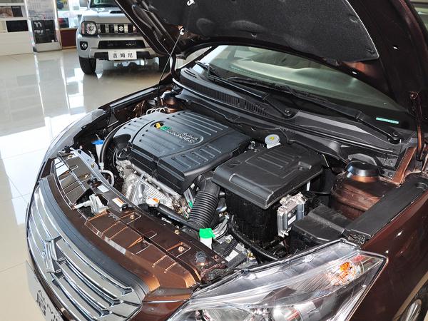 长安铃木  1.6L 自动 发动机主体特写