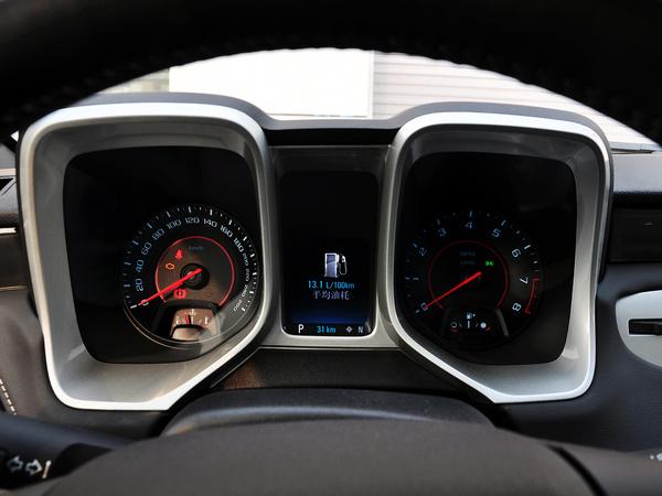 雪佛兰(进口)  3.6L 方向盘后方仪表盘