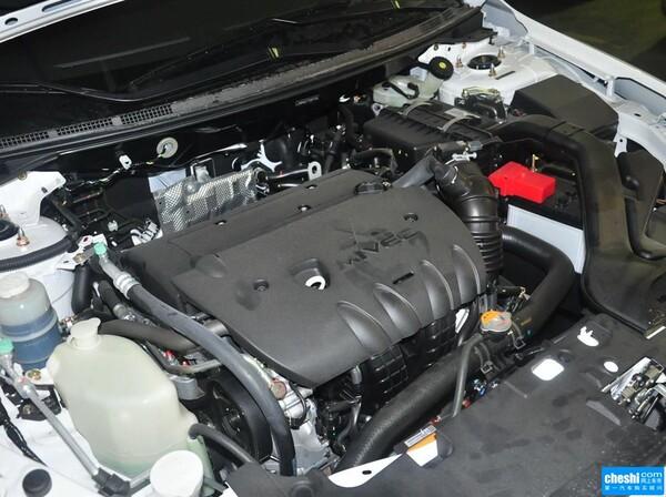 东南三菱  1.8L CVT 发动机局部特写