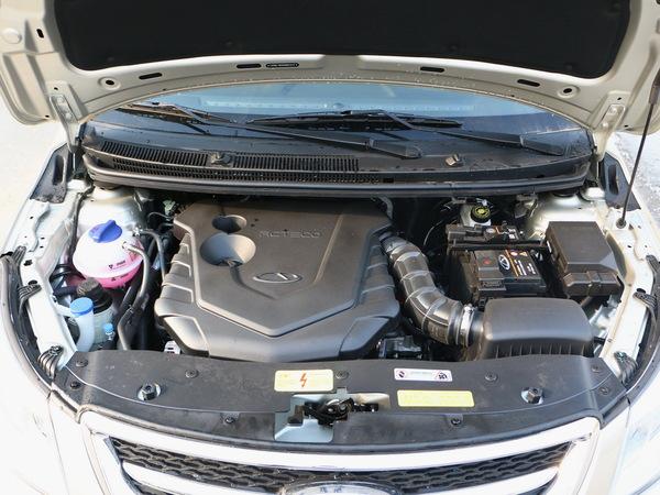 奇瑞汽车  1.5L 手动 发动机舱
