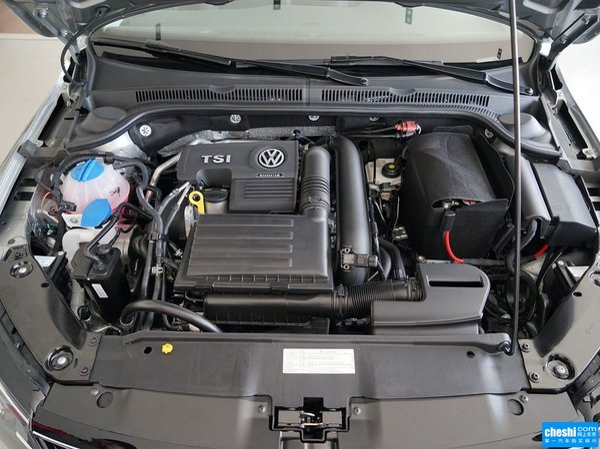 一汽-大众  280TSI DSG 发动机标识