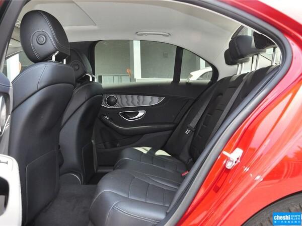 北京奔驰  改款 C 180 L 第二排座椅45度视角