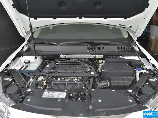 观致  三厢 1.6L 自动 发动机局部特写