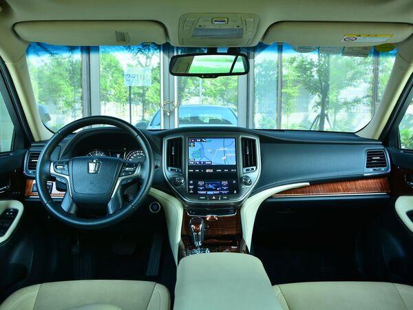 一汽丰田  2.0T 自动