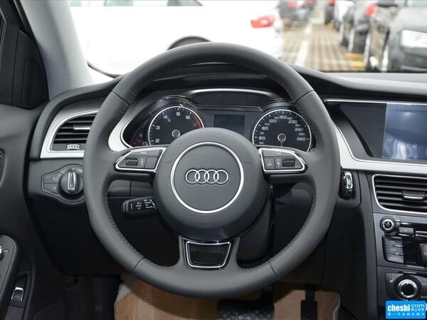 一汽奥迪  35 TFSI 自动 方向盘整体
