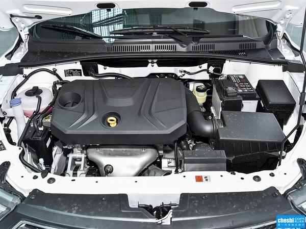 一汽奔腾  1.6L 前排座椅中央中间