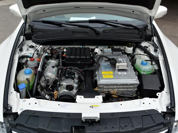 广汽传祺  1.0L 增程式 发动机舱