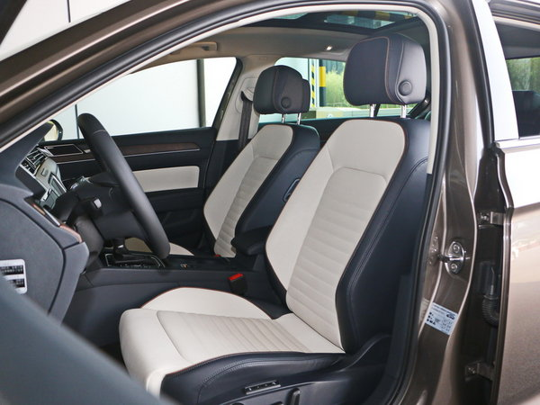 一汽-大众  380TSI 前排座椅