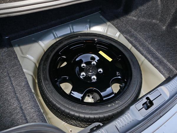 福特(进口)  2.3T 备胎整体