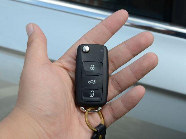 一汽-大众  230TSI 钥匙特写