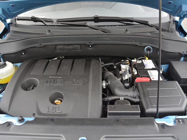 一汽吉林  1.6L 发动机舱