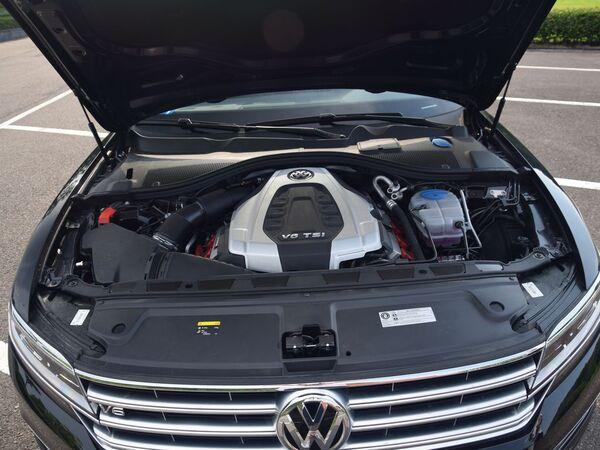 上汽大众  480 V6 发动机舱