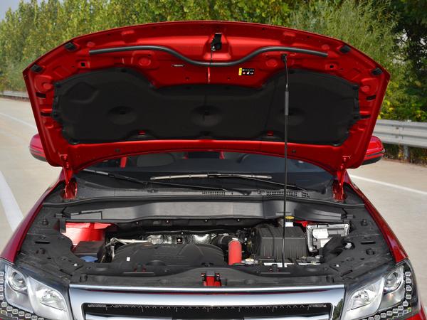 哈弗汽车  红标 1.5T 发动机舱