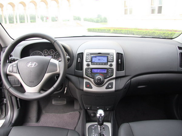十万元左右 四款热门韩系紧凑级车型选择 -北京现代i30 现代i30高清图片