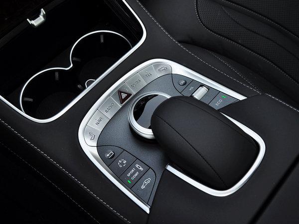 13款奔驰GLK安装车视野360度全景行车记录仪图解