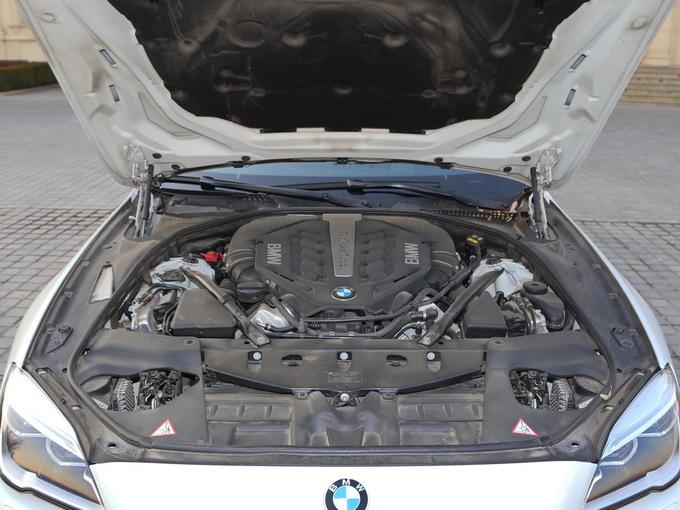 宝马(进口)  650i xDrive 发动机舱