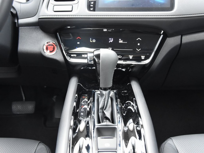 广汽本田  1.5L 手动舒适型 换挡杆