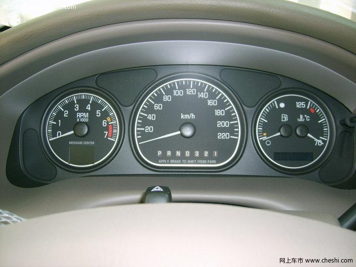 别克 GL8 汽车图片壁纸-别克 GL8 内饰图片 47高清图片