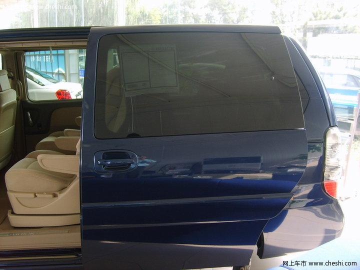 别克 GL8 汽车图片壁纸-别克 GL8 内饰图片 8388高清图片