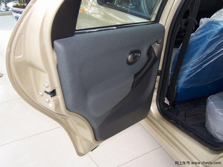 【西耶那车厢座椅-9491张-菲亚特西耶那图片大全】-网上车市高清图片