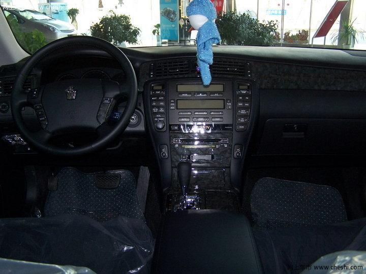 丰田 皇冠 后排向前 内饰图片 36397高清图片