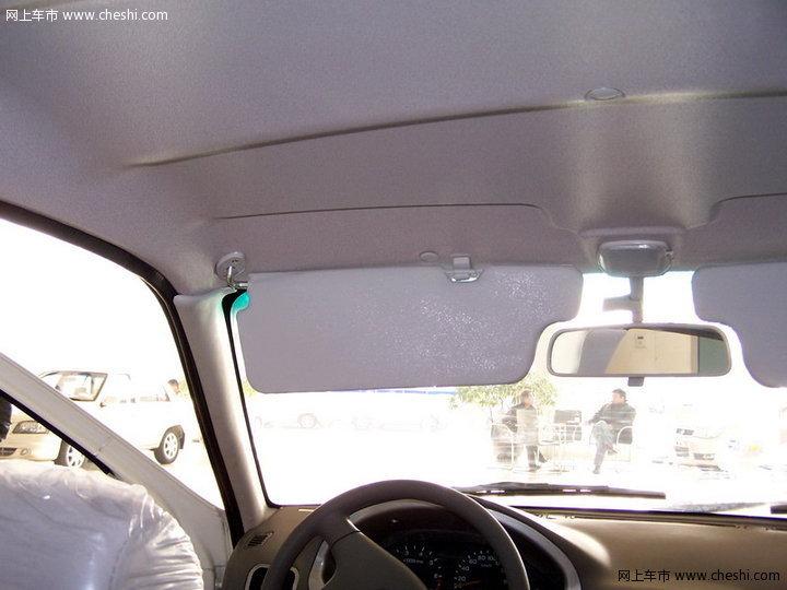 天津一汽夏利 夏利A+ 三厢 汽车图片壁纸-【夏利A+内饰图50-10393张-高清图片