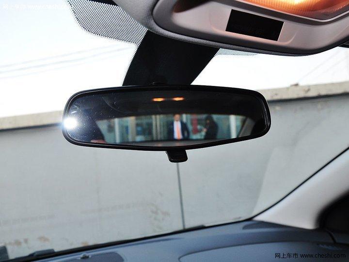 科鲁兹 2015款 1.5l 手动精英版车厢座椅图片 2 47