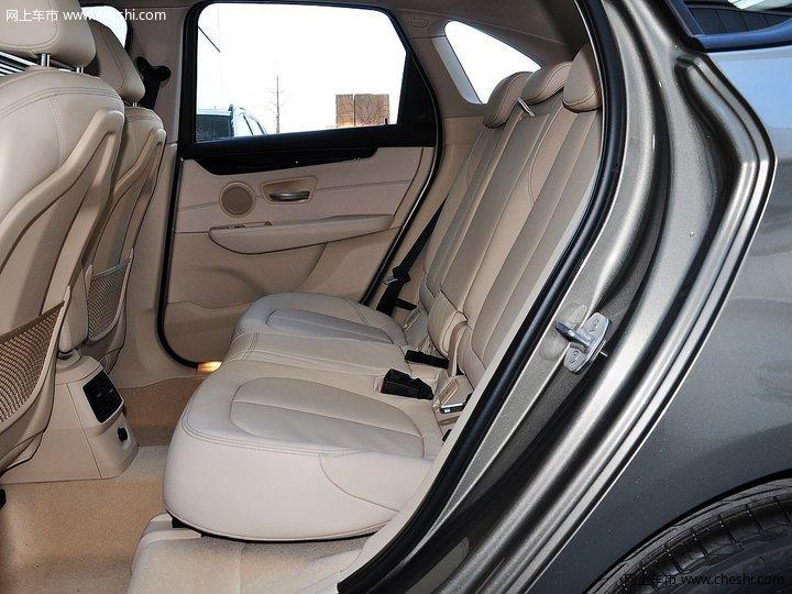 图片库 宝马 宝马2系多功能旅行车 车厢座椅 2015款 218i 运动设计