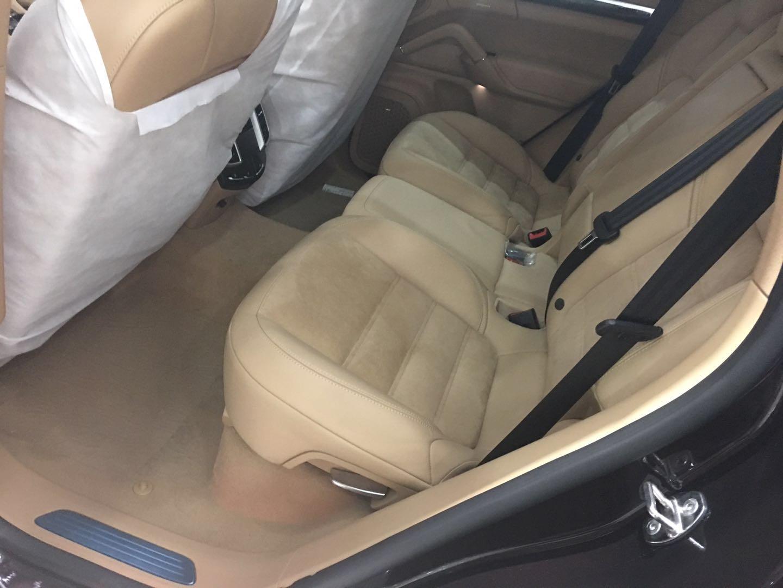 新款保时捷卡宴3.6L汽油时尚动感豪华SUV底价售国内可按揭
