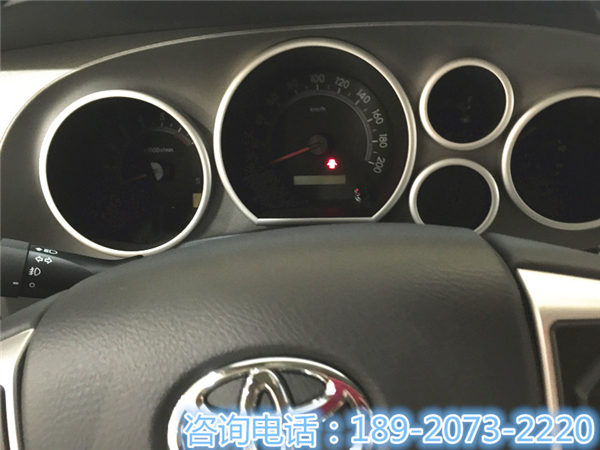 丰田红杉5700现车特价促销 热浪来袭 -红杉高清图片