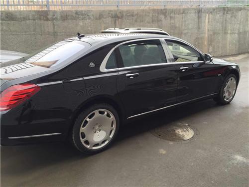 迈巴赫奔驰S600报价配置内饰S600多少钱