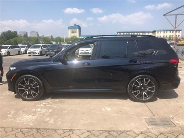 宝马X7销售电话:13389982878刘经理