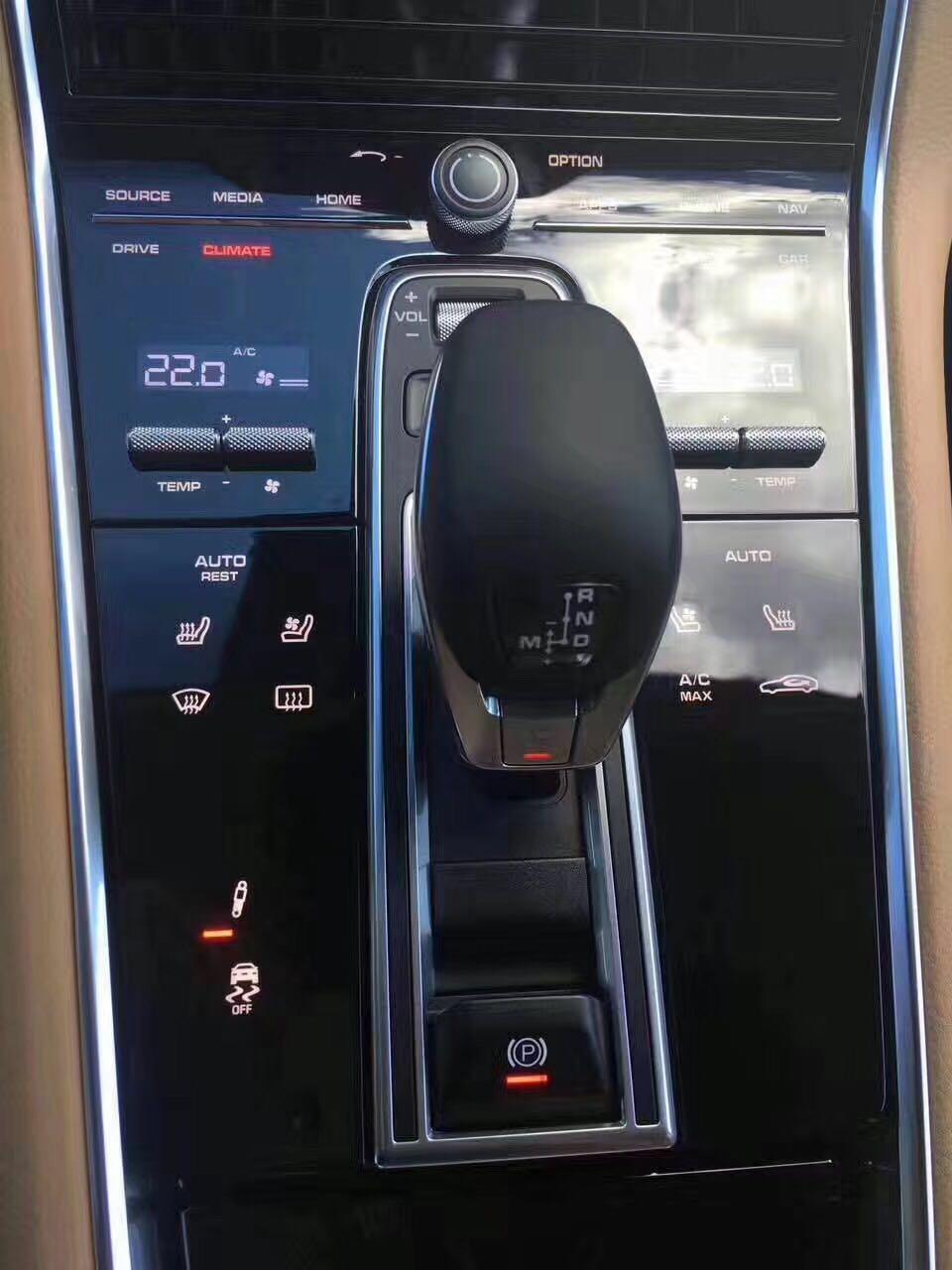 17款保时捷帕拉梅拉4s现车 配置手续齐全