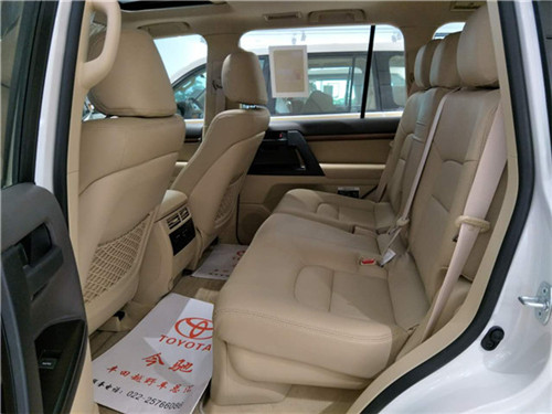 17款丰田酷路泽4000现车全国直降价格-图8