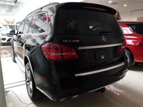 内饰方面:2018款奔驰GLS-2018款奔驰GLS450现车多少钱
