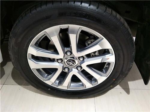 17款丰田酷路泽4000现车全国直降价格-图10