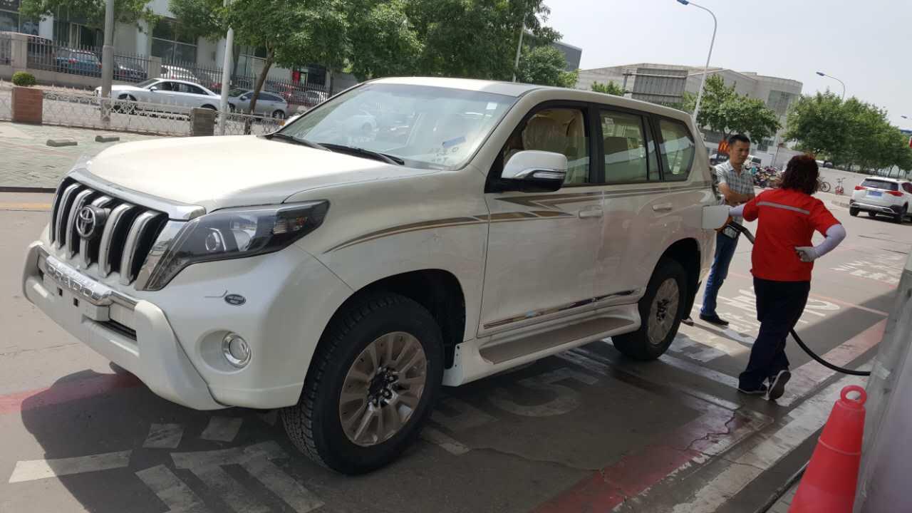 2017款丰田霸道4000中东版 实力越野惠降