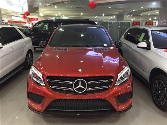 内饰方面:2018款奔驰GLE-18进口奔驰GLE400 AMG豪华配置价格最优