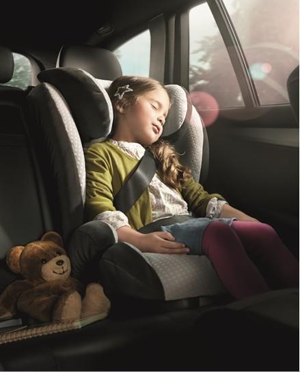 梅赛德斯-奔驰儿童安全座椅通过多项安全测试